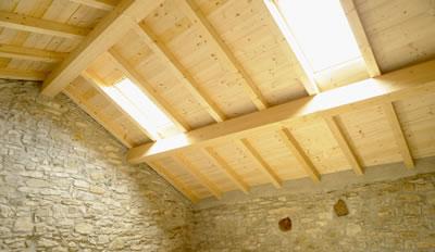 Aislar la vivienda para ahorrar energ a reformas en alcala de henares - Madera aislante termico ...